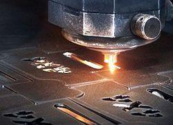 fábrica de máquina de corte a laser