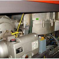 Manutenção de máquina a laser
